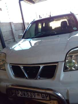 Nissan X-Trail 2003 with extra engine R35000negotiable