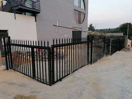 Supply and install palisades fence Gate and gate motor