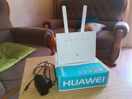 Selling Huawei router still new used twice Sim card