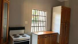 1 bedroom Available R2950 immediately