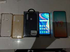 Y9 prime 2019 with accessories (non negotiable)