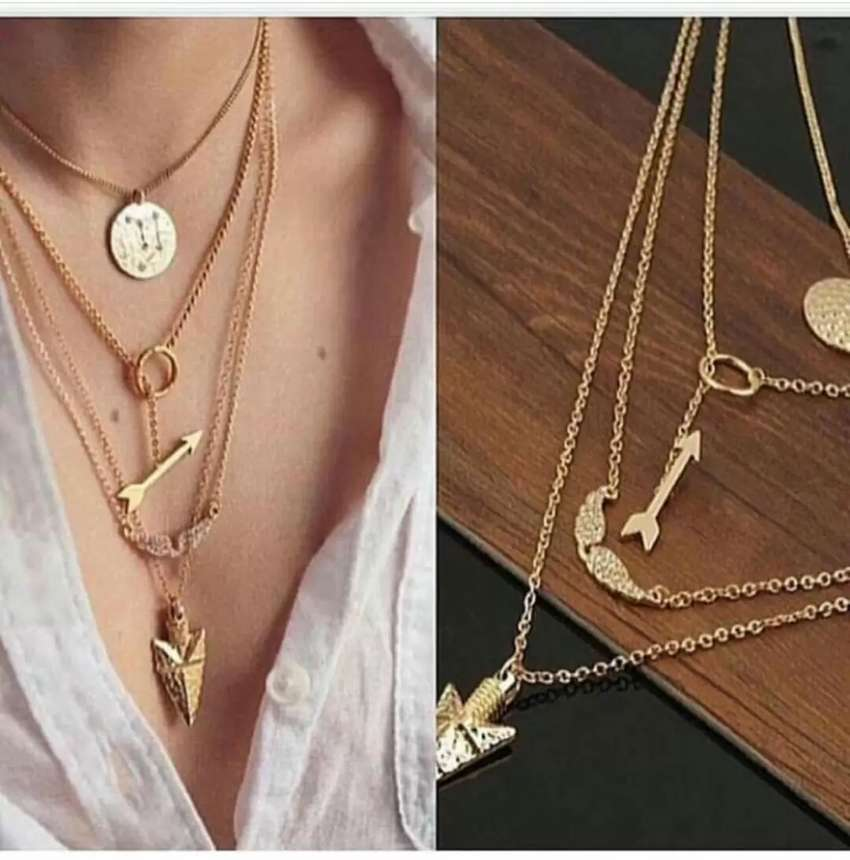 Layered necklace 0