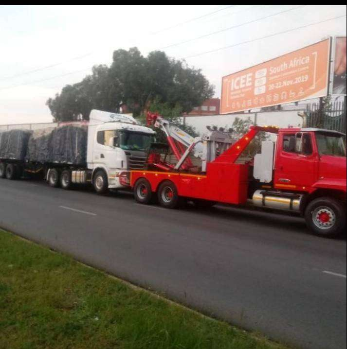 Heavy-duty Towing Services 0