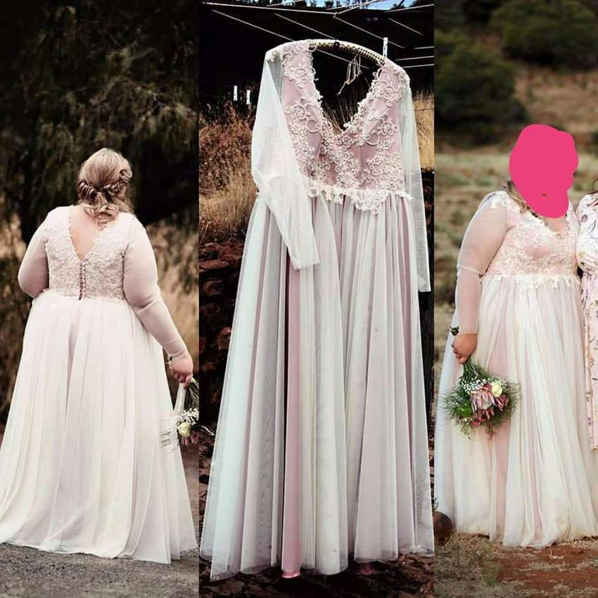 Plus size wedding dress 0