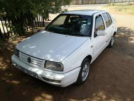 Selling my Jetta 3 CLX for R25000neg