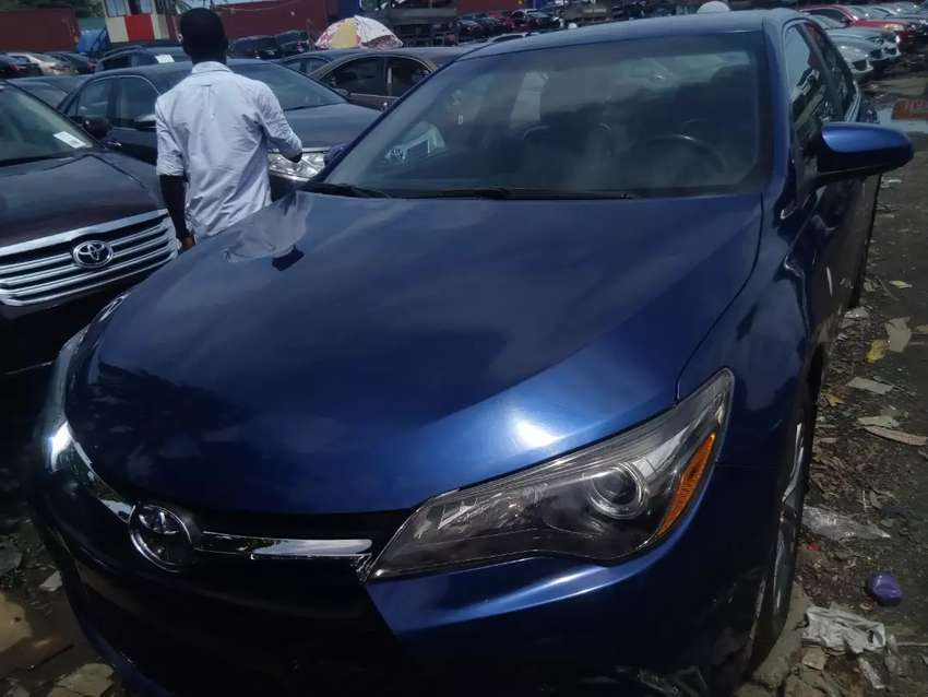Tincan cleared tokunbo Toyota Camry se 2015 reverse camera 0