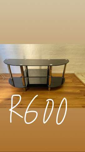 Tv stand R600