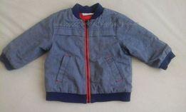 Обалденная легкая курточка на малыша 6-12 мес. В отличном состоянии.