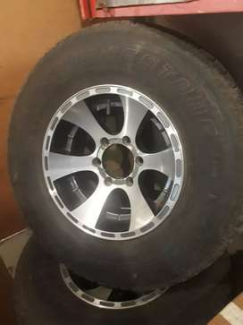 Mag rims and tyres
