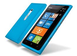 Смартфон Nokia Lumia 800 Cyan 16Gb Оригинал! Новая!