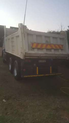 Renault 10cube tipper