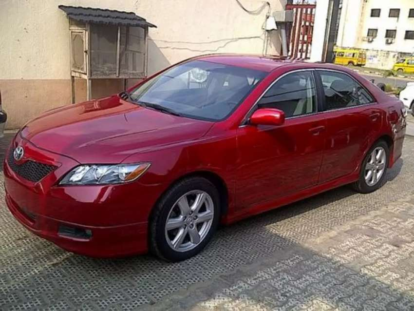 Tokunbo toyota Camry 2007 for sale 0