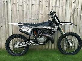 Looking for a KTM 125 sx 2019 ( black or oring )