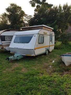 Gypsey site caravan with papers