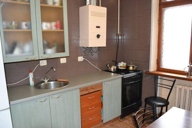 Хостел, койко-место, общежитие квартирного типа. Метро Дружбы народов Киев - изображение 1