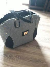 modna filcowa torebka