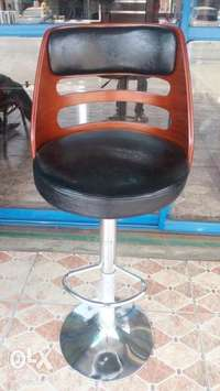 This is a brand new imported wine bar stool 0