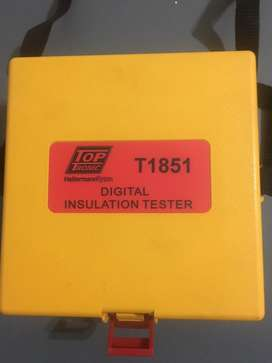 T1851 insulation tester
