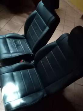 Jeep Wrangler standed seats