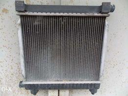 Радиатор охлаждения на мерседес 190, 124.1.8-2.0-2.3 2.5 дизель-бензин
