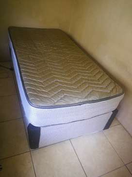Bamboo bed R900 neg