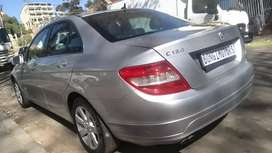 MERCEDES BENZ C180 AUTOMATIC IN EXCELLENT CONDITION