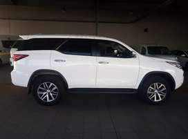 Toyota fortuner 2.8 GD-6 4x4