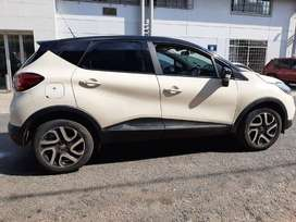 Pre-Owned 2017 Renault Captur 900T Expression Manual