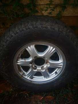 """16"""" Mag and Tyre to swop for 16"""" mud tyre"""