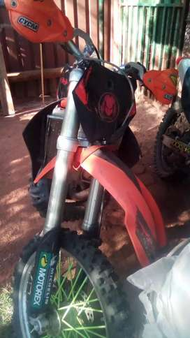 KTM 2 stroke 250  to sell R16K
