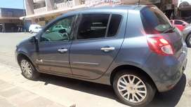 Renault Clio 3 Available With Spare Keys