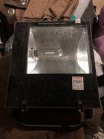 Продаётся уличный прожектор Enext