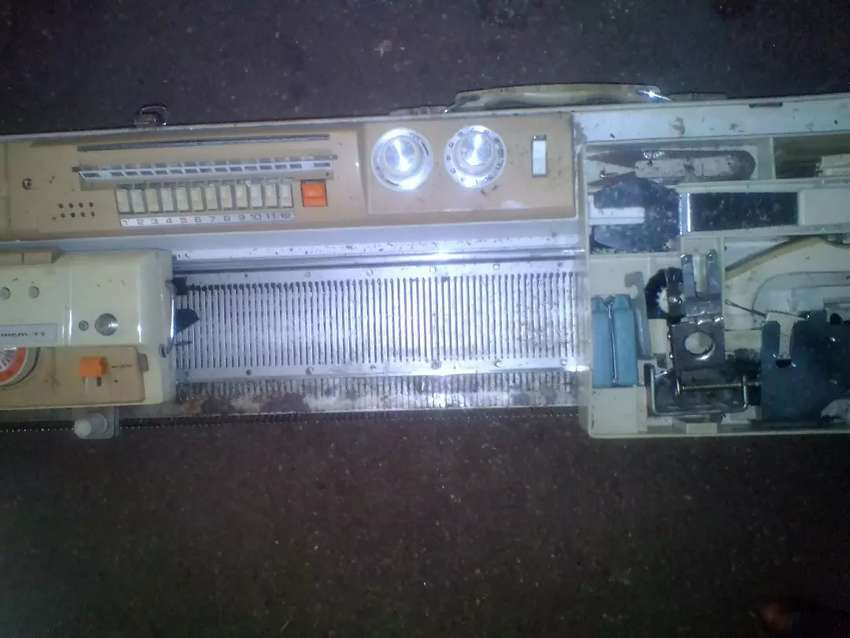 Sawing machine for sweaters 0