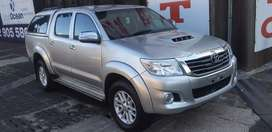 TOYOTA HILUX DOUBLE CAB WITH CANOPY RAIDER,2012 in very good condition