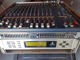 Yamaha 166C Mixer and accessories