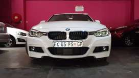 BMW 320i F30 auto M sports 3-Series sedan white colour