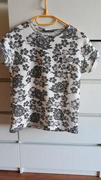 Bluzka pikowana t shirt kwiatki wzory