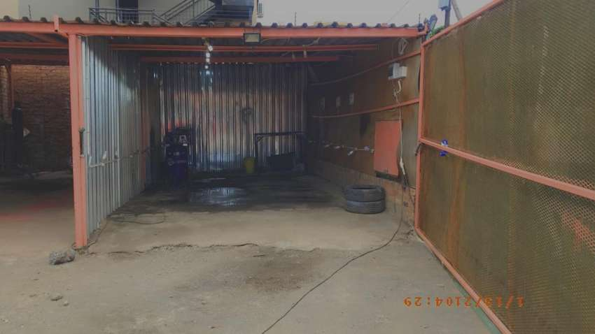 Stelpn Motors we are renting a spraying booth space 24/7. 0