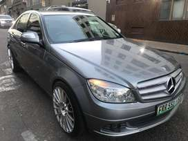 Mercedez benz C180 kompresor 2009 for sale