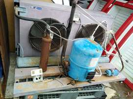 Condenser for cold room or freezer room