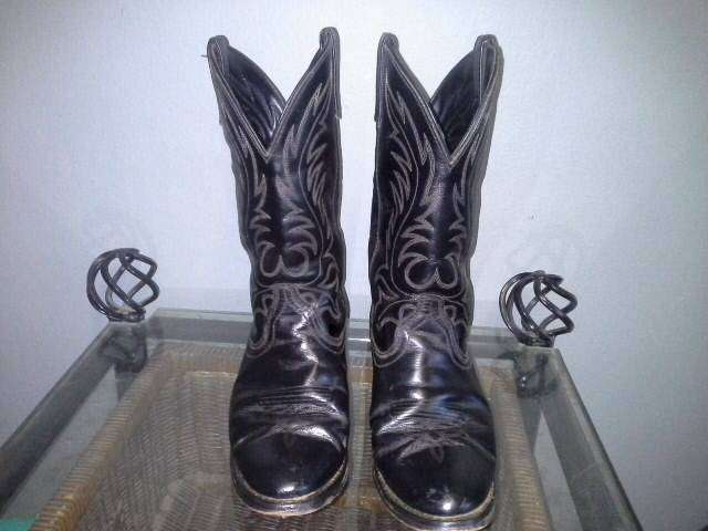 Western boots 0