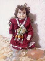 Кукла фарфоровая. Фарфор. Дорогая. Красивая. 2001