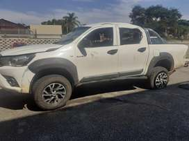 Stripping Toyota Hilux GD6 2.4 code 4