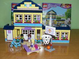 Klocki Lego Friends - Szkoła w Heartlake (nr 41005)