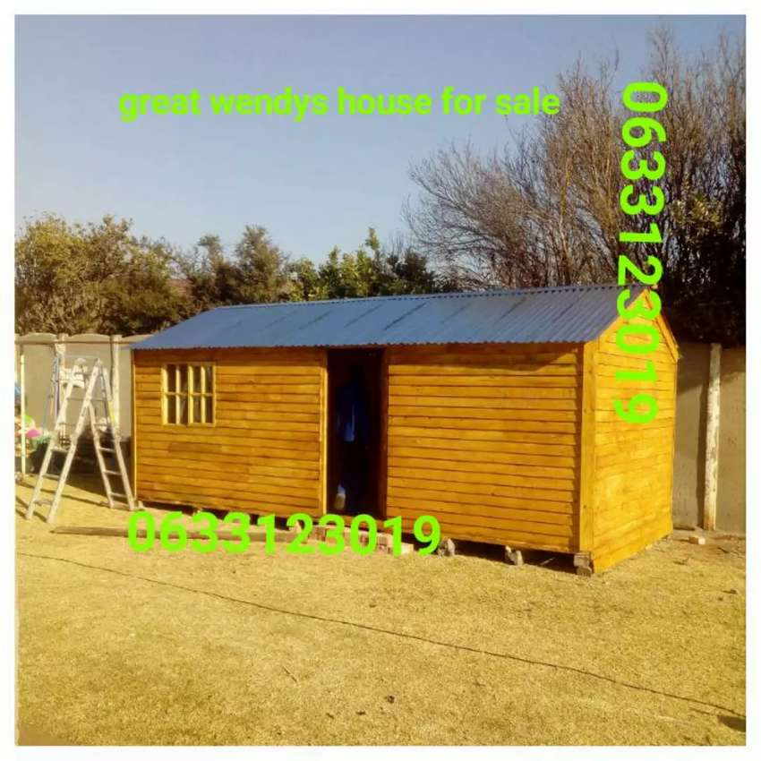 Great Wendy house for sales 0