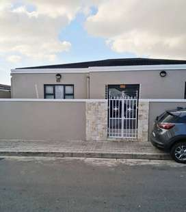 5 houses on one plot for sale