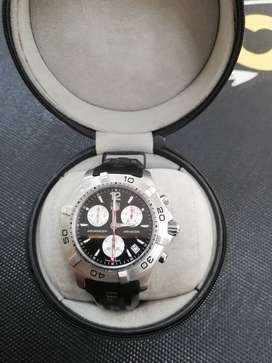 Tag Heuer Men's Watch. Model:CAF1110. Very good condition