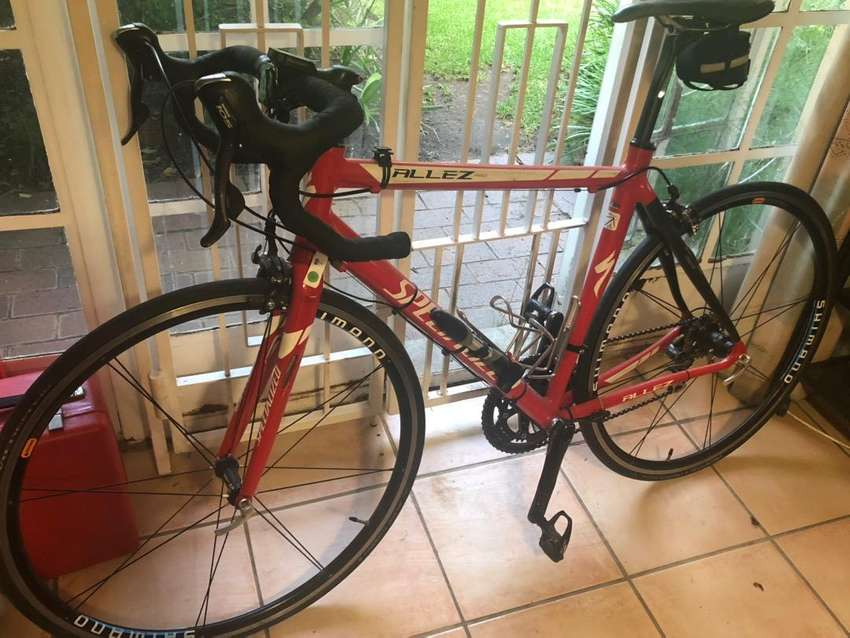 Specialized Allez Pro with Computer 0