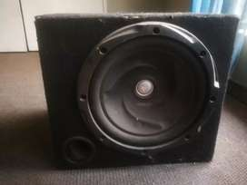 Kenwood subwoofer 1000w good condition