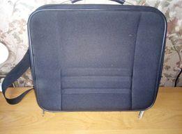Продам классную легкую сумку для ноутбука